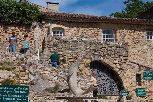 Ansouis (Ансуи), Прованс, Франция -достопримечательности, путеводитель